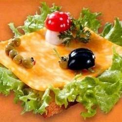Бутерброды (сырная нарезка,мясная нарезка)
